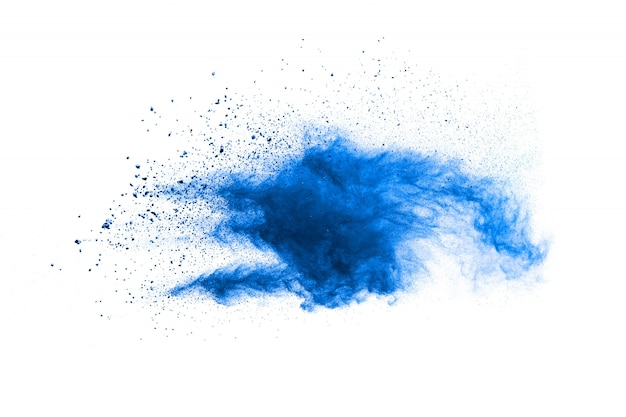 흰색 표면에 파란색 분말 폭발 구름의 기괴한 형태
