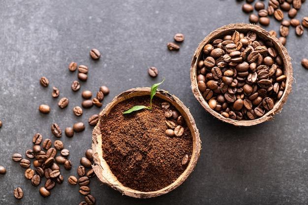 Черный кофе в зернах арабика свежемолотый ароматный в кокосовых мисках