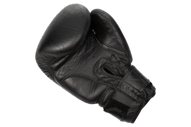 白い孤立した背景の上の黒いボクシンググローブ