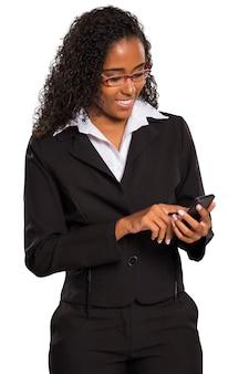 흑인 사업가 절연 스마트 폰 또는 태블릿에 입력