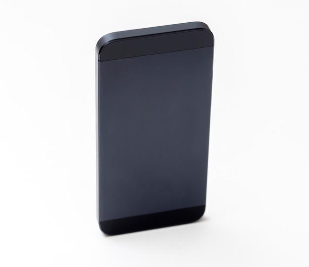 白地に黒の携帯電話のモックアップ