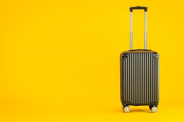 Черный цвет багажа или багажа используется для перевозки