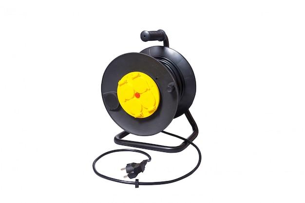 4 개의 소켓이있는 테이크 업 릴의 검은 색 전기 연장 코드
