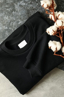 Толстовка со складками черного цвета и хлопок