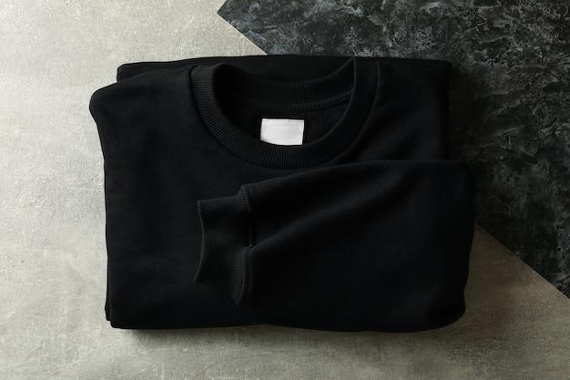 Толстовка со складками черного цвета