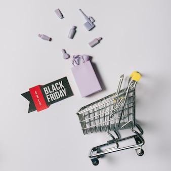 バッグ、ラベル、カート付きのブラックフライデーコンセプト