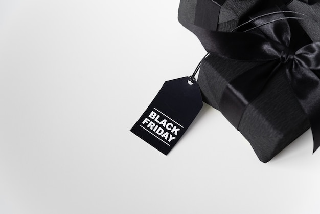 Black friday gift with shopping tag