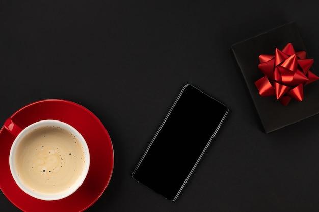 Черная пятница распродажа с телефоном и кофе