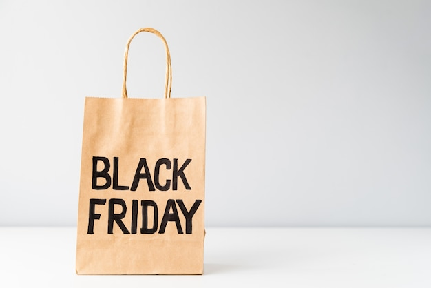 Black friday shopping bag with copy-space