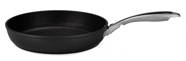 Черная сковорода изолирована