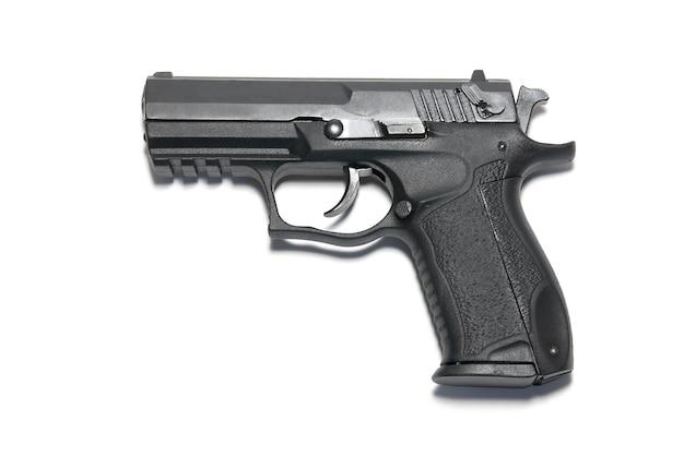 흰색 배경에 고립 된 검은 총