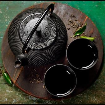 Черный железный азиатский чайный сервиз