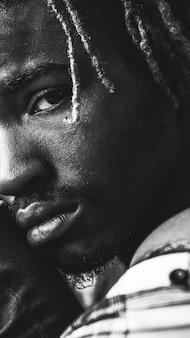 흑인 남성 클로즈업 초상화