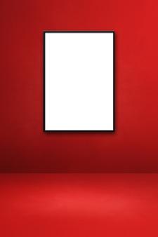 붉은 벽에 걸려 있는 검은색 액자. 빈 모형 템플릿