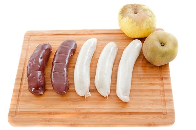 Черный пудинг и белые колбаски
