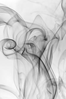 Черный дым на белом.