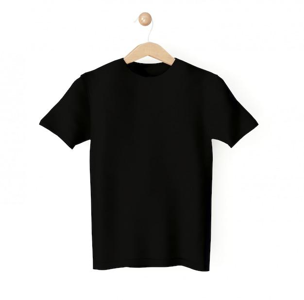 ハンガーに黒のtシャツ