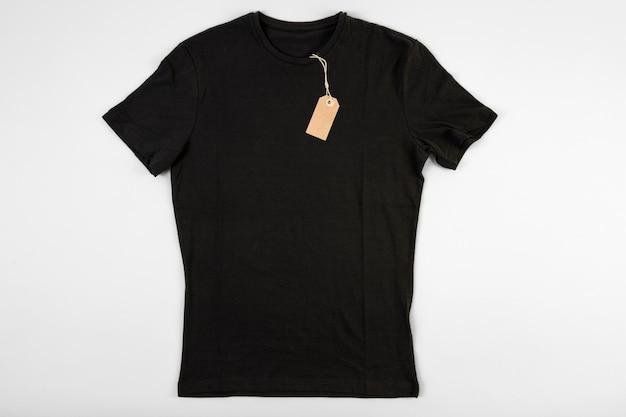 黒いtシャツ