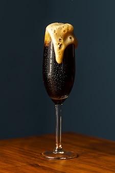 Черный бархатный коктейль.