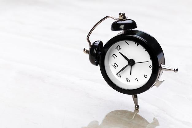 블랙 빈티지 알람 시계