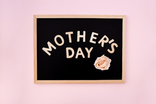 Blackboard with mother´s day text