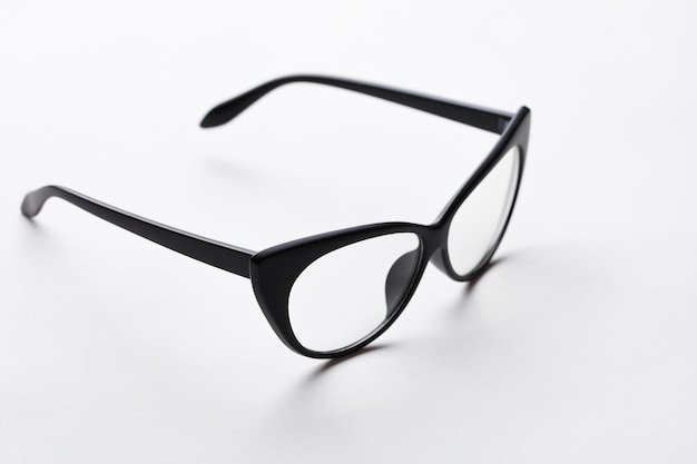 透明レンズ付きブラックリムメガネ