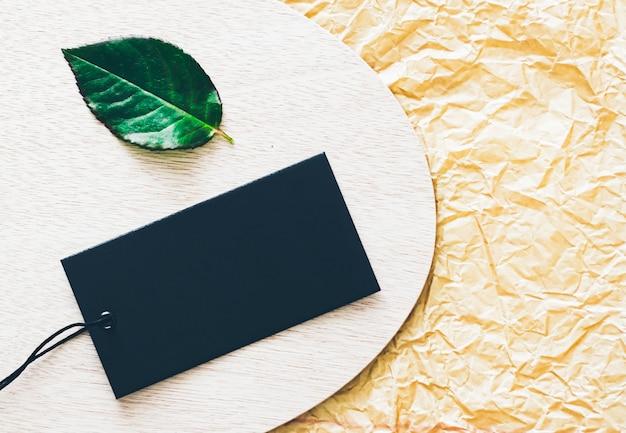 Пустой черный ценник для эко бренда