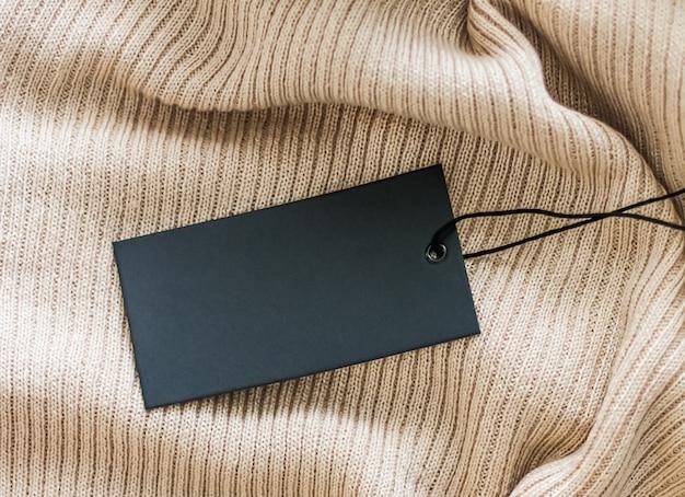 Пустой черный ценник для роскошного модного бренда