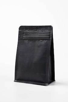 Пустой черный стоячий мешочек-контейнер