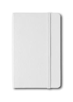 白で隔離される空白の閉じたノートブック
