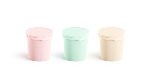Набор пустых цветных ведер для мороженого, вид сбоку