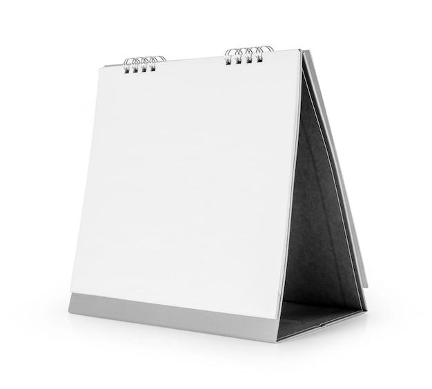 白い背景で隔離の空白のデスクトップカレンダーテンプレート。