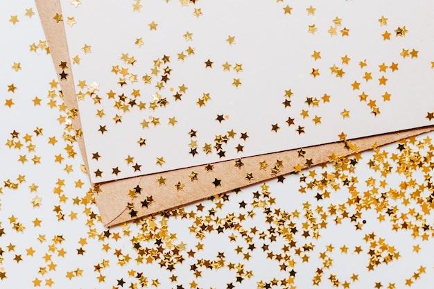 Пустая записка и золотой блеск звезд