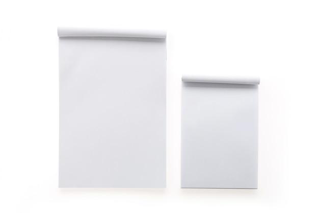 Notebook bianco per scrivere i messaggi
