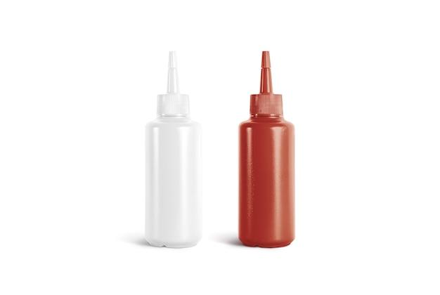 空白の白と赤のスクイーズソースボトルのモックアップ