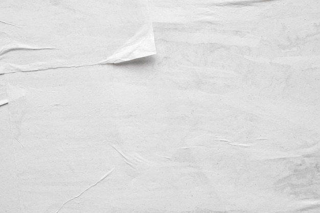 Пустой белый мятой и мятой бумаги плакат текстуры