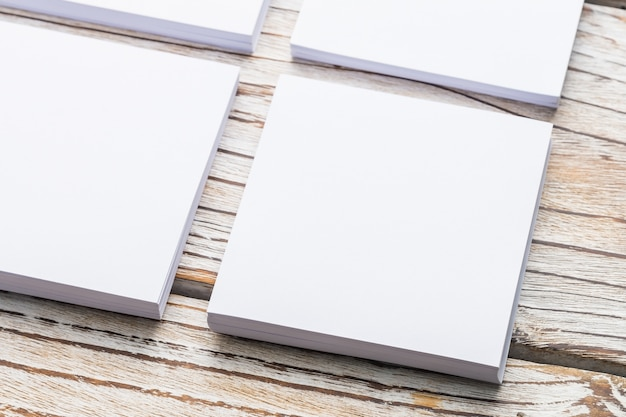 空白の白い紙