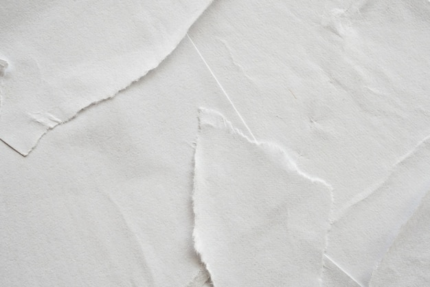 빈 흰색 찢어진 손상된 종이 포스터 질감 배경