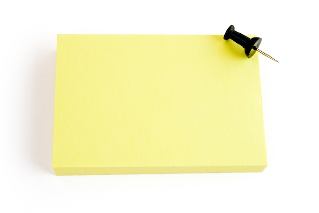 Пустой желтый стикер изолированные