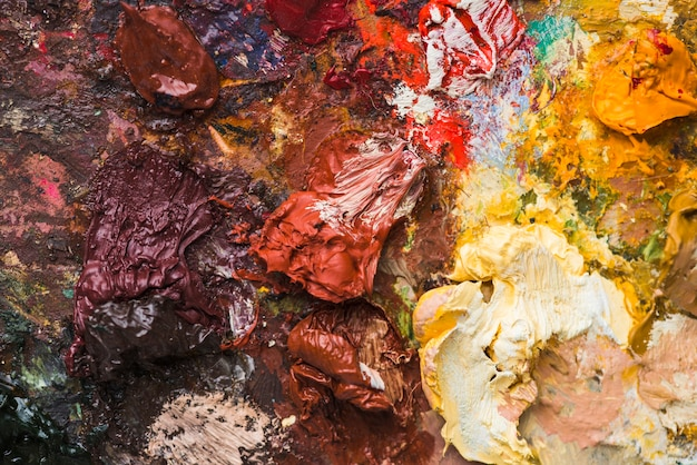 Blobs of paint on palette