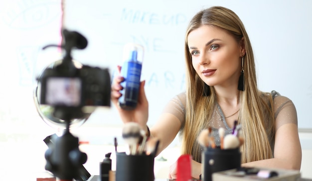 Blogger work on cosmetic product video review
