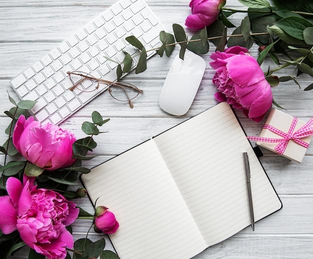 Рабочая область blogger или фрилансера