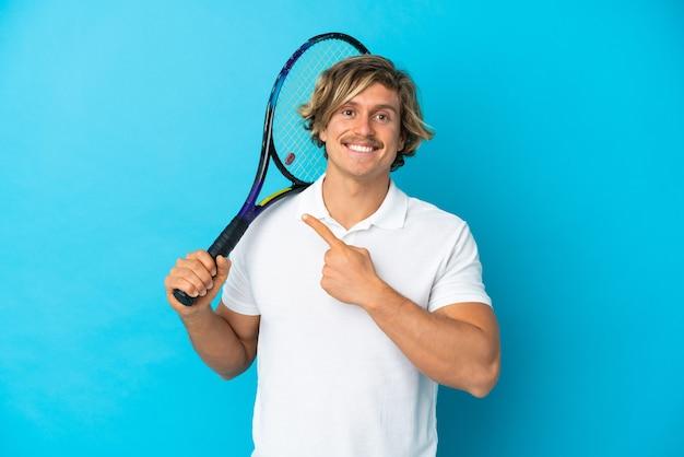금발 테니스 선수 남자 절연