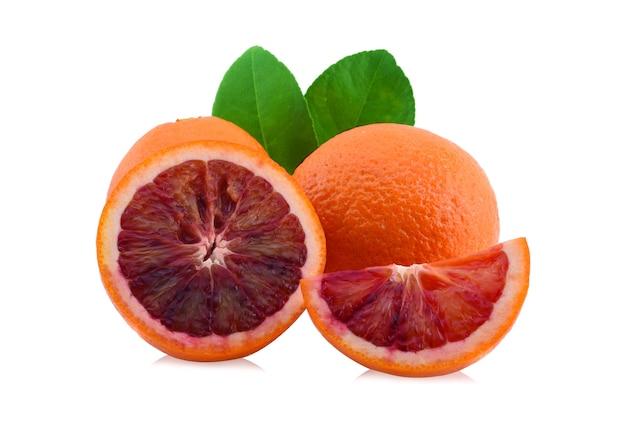 블러드 오렌지 흰색 배경에 고립