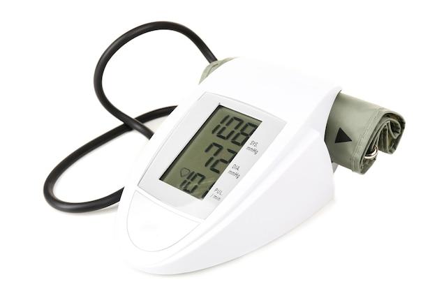 Монитор артериального давления, изолированные на белом фоне