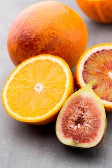 血まみれのシチリアオレンジとイチジク