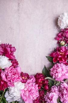 咲くパステルフラワーカードデザイン結婚式の背景バレンタインデーコンセプトコピースペース