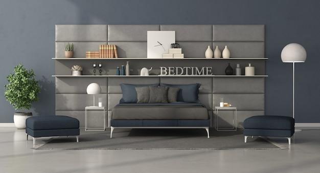 Сине-серая современная спальня с кроватью перед кожаной панелью с полками. 3d рендеринг