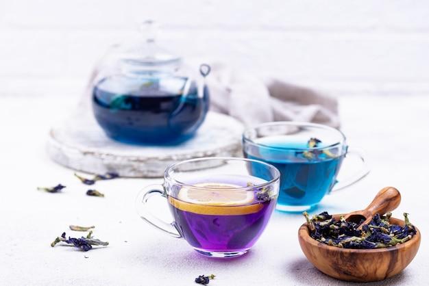 青と紫の茶バタフライピー
