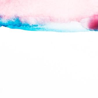 紙の青と赤の水彩画